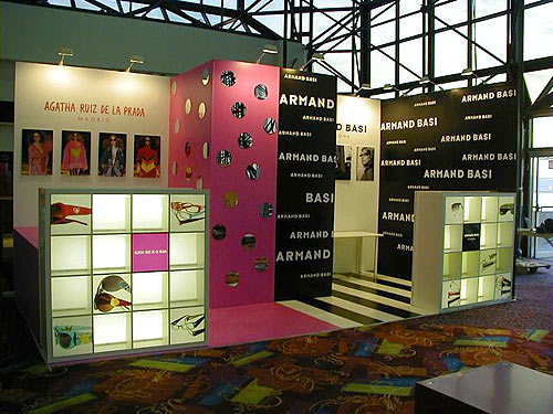 Optim trade show booth by Manny Stone Decorators