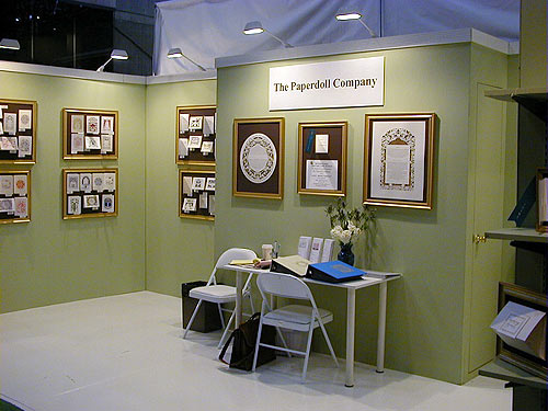 Paper Doll trade show booth by Manny Stone Decorators