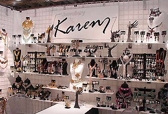 Karen Jewelry trade show booth by Manny Stone Decorators